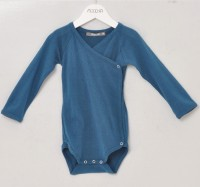 Alkena - langærmet kimonobody - bourette silke - petroleum